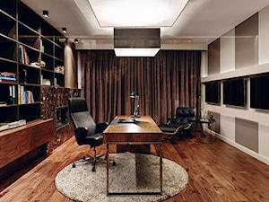 Dom prywatny 2012 - Duże beżowe brązowe biuro domowe w pokoju, styl nowoczesny - zdjęcie od formativ. kasia i michał dudko
