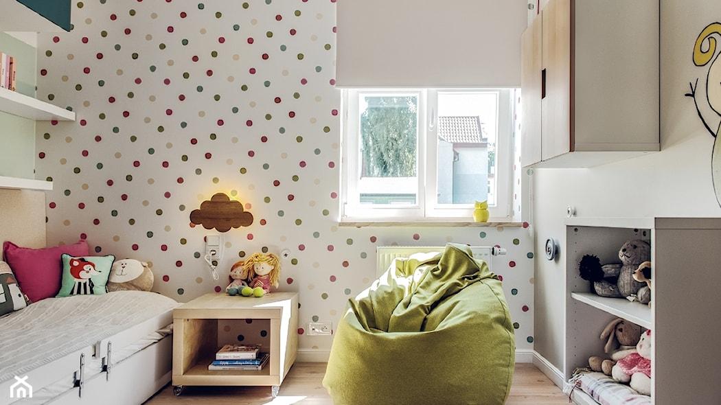 Jak Udekorować ściany W Pokoju Dziecka Kropki I Paski W Aranżacji