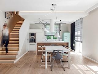 Schody drewniane czy betonowe? Wybieramy schody wewnętrzne