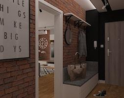 Projekt z czerwoną cegłą - Średni czarny brązowy hol / przedpokój, styl skandynawski - zdjęcie od MOTIF DESIGN
