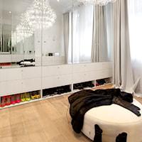 10 pomysłów na aranżację garderoby - Anna Poprawska, Porady
