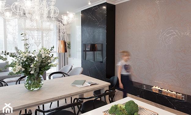 minimalistyczna biała kuchnia