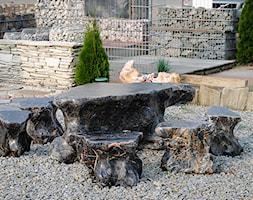 Zestaw mebli ogrodowych .Wykonanych z kamienia naturalnego. - zdjęcie od Kamienie naturalne Chrobak - Homebook