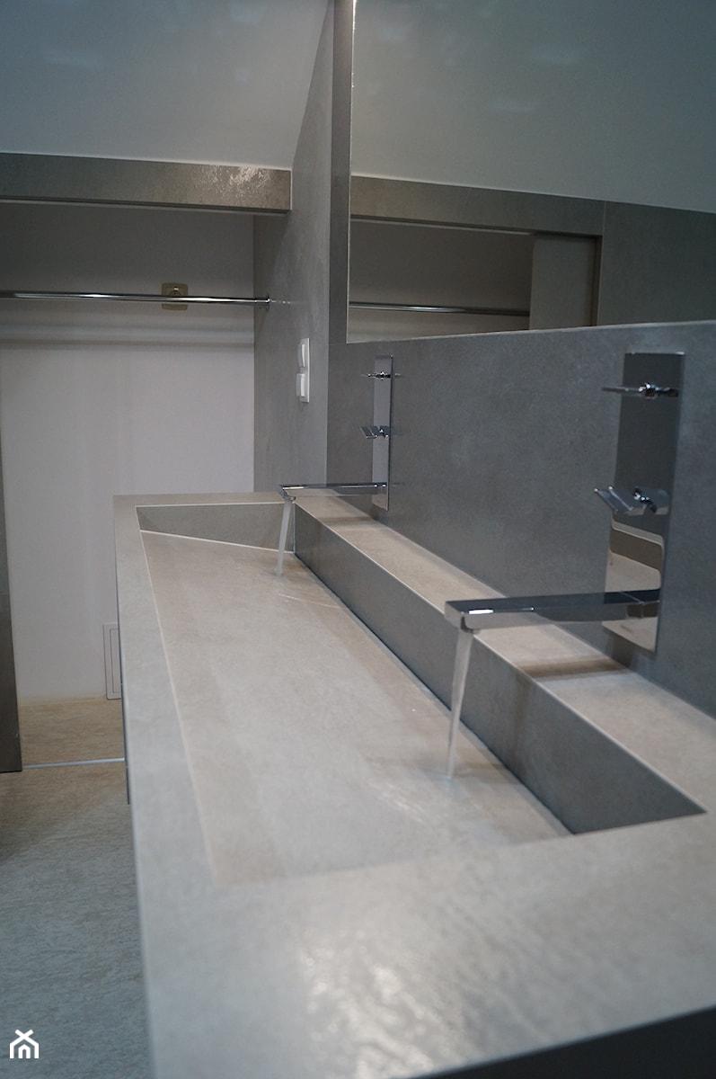 Łazienka ze Spieku Kwarcowego - Łazienka, styl nowoczesny - zdjęcie od Kamienie naturalne Chrobak