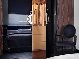 wejście do garderoby w apartamencie w stylu nowoczesnym inspirowanym Art Deco - zdjęcie od Magdalena Sobula Pracownia Projektowa Pe2