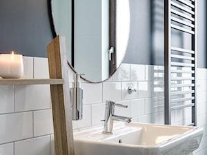 | HARMONIJNY MELANŻ | - Szara łazienka w bloku w domu jednorodzinnym bez okna, styl eklektyczny - zdjęcie od URZĄDZARNIA Marta Lebiedzińska