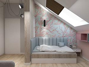 Dom pod Kaliszem | Kotowiecko | 140 m2 - Średni biały szary pastelowy różowy niebieski pokój dziecka dla dziewczynki dla nastolatka, styl nowoczesny - zdjęcie od VERY Interior Design - Projektowanie Wnętrz