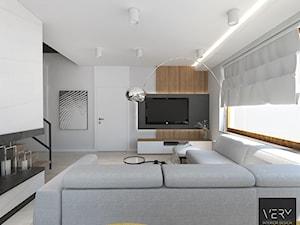 Dom pod Kaliszem | Kotowiecko | 140 m2 - Duży szary salon, styl nowoczesny - zdjęcie od VERY Interior Design - Projektowanie Wnętrz