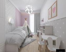 Kobiece mieszkanie w Poznaniu | Pokój Córki | 60m2 - Mały biały szary różowy pokój dziecka dla dziewczynki dla malucha, styl nowoczesny - zdjęcie od VERY Interior Design - Projektowanie Wnętrz