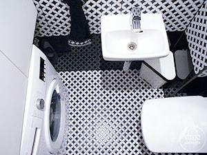Czarno-biała toaleta - zdjęcie od Drob Design