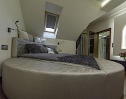 Dom wielopokoleniowy z wyodrębnioną strefą biurową - zdjęcie od Art&Design Kinga Śliwa