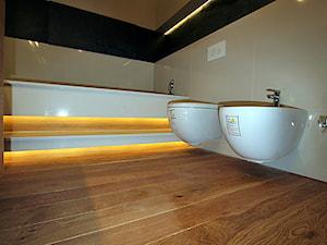 Parkiet - Dąb szczotkowany, olejowany.Realizacja podłogi drewnianej w Zielonej G