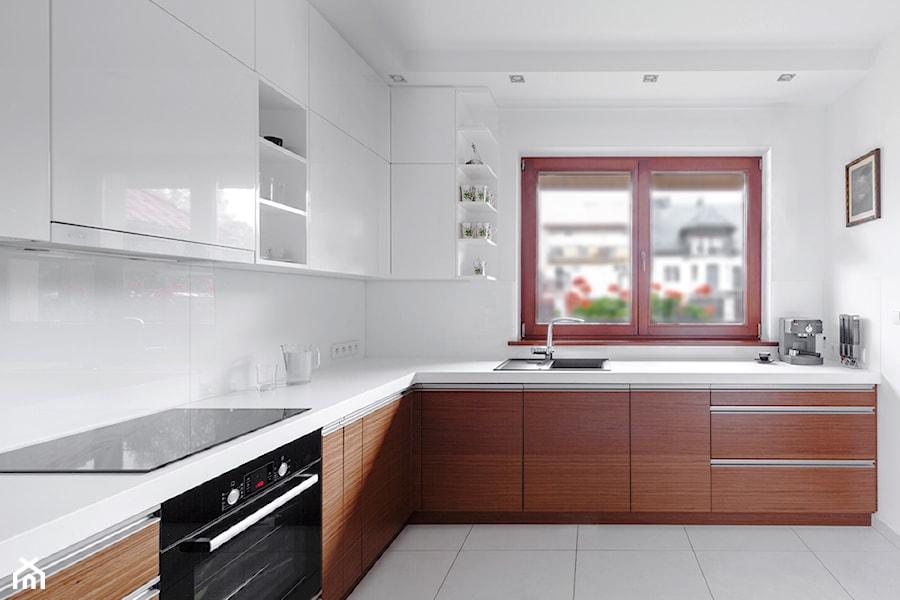 #RKA  Średnia otwarta kuchnia w kształcie litery l z   -> Kuchnia Otwarta Z Oknem