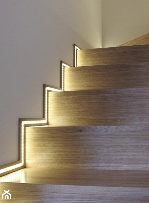 #HRN_2011 r - Wąskie schody wachlarzowe drewniane - zdjęcie od Och-Ach_Concept