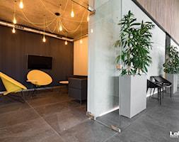 Realizacja dla firmy Adal - zdjęcie od Lobos Meble Biurowe