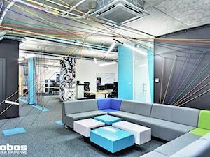 Realizacja - biura dla agencji reklamowej w Warszawie - Lobos Meble Biurowe