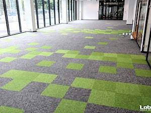 Projekt podłogi w jednym z krakowskich biur - Lobos Meble Biurowe