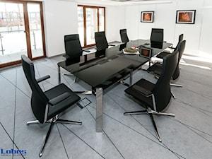Realizacja dla Studia sprzedaży mieszkań Wiślane Tarasy  - Lobos Meble Biurowe