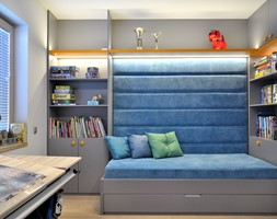Helen's House - Mały biały szary niebieski pokój dziecka dla chłopca dla ucznia dla nastolatka, styl skandynawski - zdjęcie od Ministerstwo Spraw We Wnętrzach