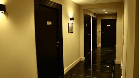 Drzwi DANA, Podłogi Admonter