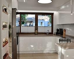 Home Staging - Gdańsk - parter domu - 50m2 - 2020 - Kuchnia, styl nowoczesny - zdjęcie od Studio86 - Homebook
