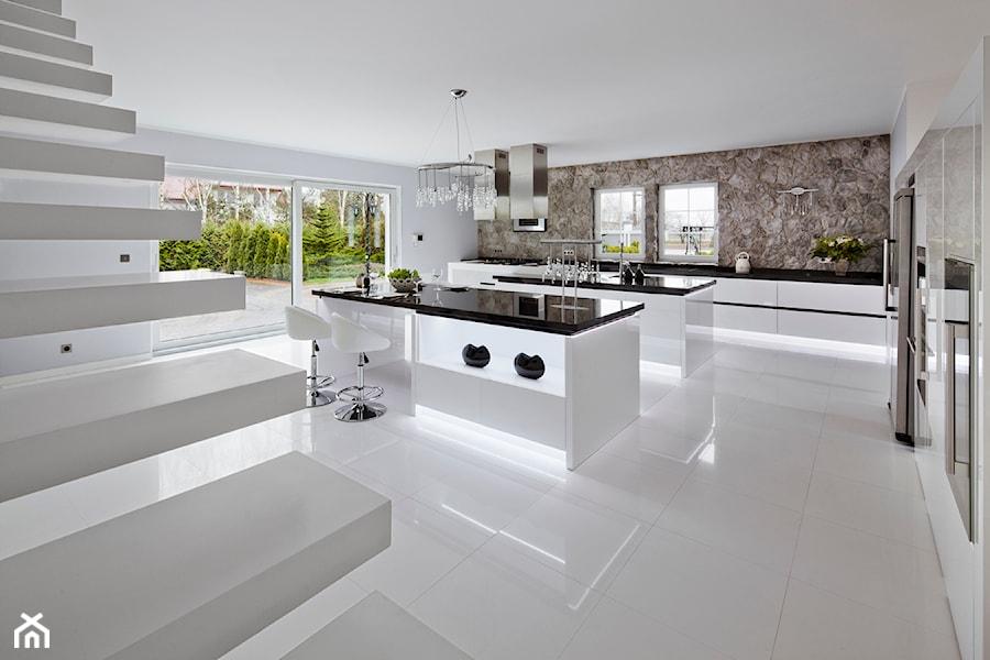 Realizacja Radonice  zdjęcie od DIVANI kuchnie design -> Kuchnie Prowansalskie Zdjecia