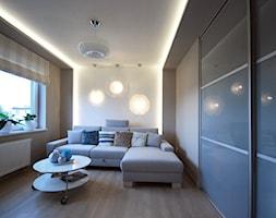 Pastelowe mieszkanie - Mały beżowy salon, styl skandynawski - zdjęcie od Architektura Wnętrz Stanisława Plewako