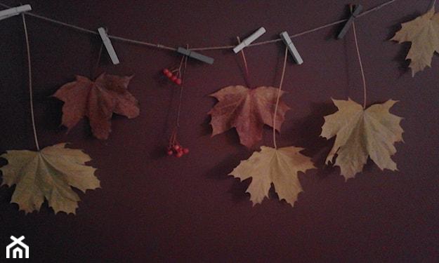 jesienne dekoracje na ścianę