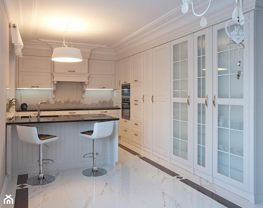 Kuchnia klasyczna biała MALAGA  www kampra pl  zdjęcie