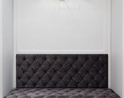 Hol w klasycznym stylu - zdjęcie od KAMPRA MEBLE - Homebook