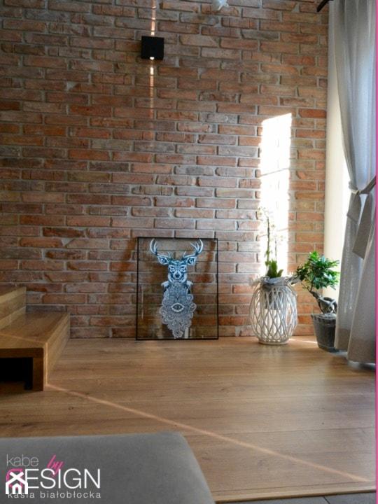 Projekt Września - Hol / przedpokój - zdjęcie od kabeDesign kasia białobłocka
