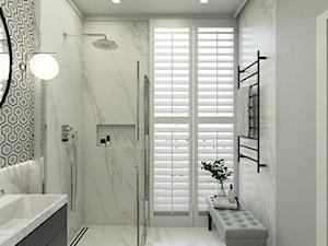 MIESZKANIE W STYLU NOWOJORSKIM - Średnia biała szara łazienka jako salon kąpielowy z oknem, styl nowojorski - zdjęcie od 3deko