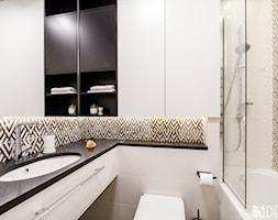 Mieszkanie Mokotów - Mała biała łazienka bez okna, styl nowoczesny - zdjęcie od 3deko - Homebook