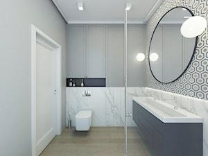 MIESZKANIE W STYLU NOWOJORSKIM - Mała biała szara łazienka w bloku w domu jednorodzinnym bez okna, styl nowojorski - zdjęcie od 3deko