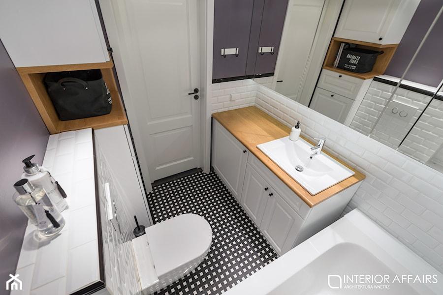 łazienka B&W Forest - zdjęcie od INTERIOR AFFAIRS