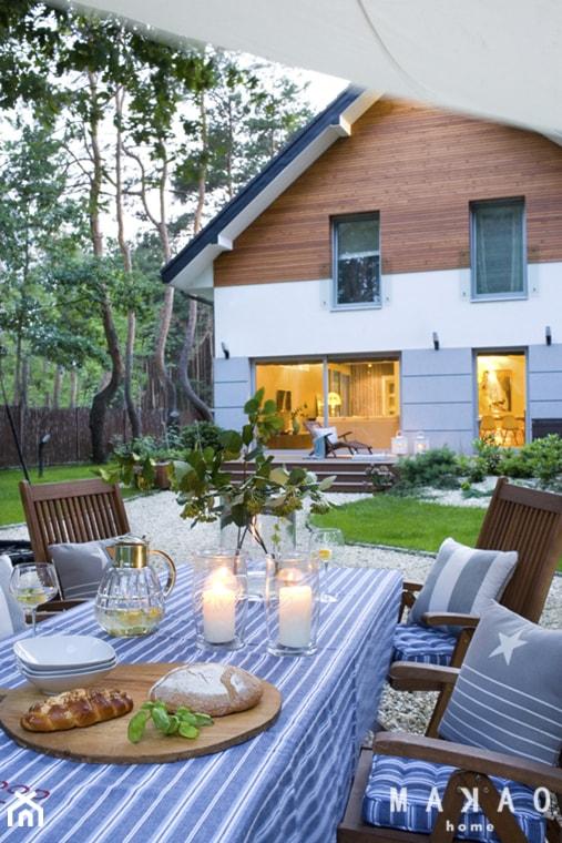 Dom pod Warszawą - Średnie jednopiętrowe nowoczesne domy jednorodzinne murowane z dwuspadowym dachem, styl nowoczesny - zdjęcie od MAKAO home - Homebook