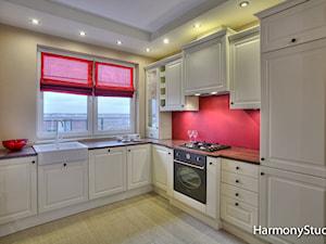 Kuchnia klasyczna otwarta - zdjęcie od HarmonyStudio kuchnie i wnętrza