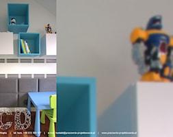 dziecięco / młodzieżowo - Mały szary pokój dziecka dla chłopca dla dziewczynki dla ucznia dla malucha, styl nowoczesny - zdjęcie od Pracownia Projektowania | Daria Ciuńczyk-Duda