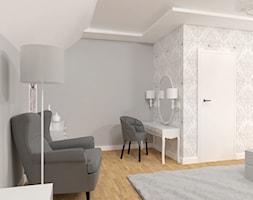 szara, monochromatyczna sypialnia - zdjęcie od Skrzypczynski_pracownia