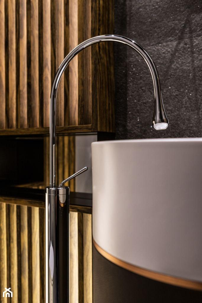 Aranżacje wnętrz - Łazienka: Zdjęcie detali w łazience - Viva Design Pracownia Projektowania Wnętrz. Przeglądaj, dodawaj i zapisuj najlepsze zdjęcia, pomysły i inspiracje designerskie. W bazie mamy już prawie milion fotografii!