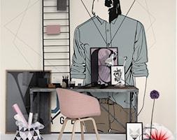 DOMOWE BIURO - Średnie beżowe biuro kącik do pracy w pokoju - zdjęcie od PIXERS