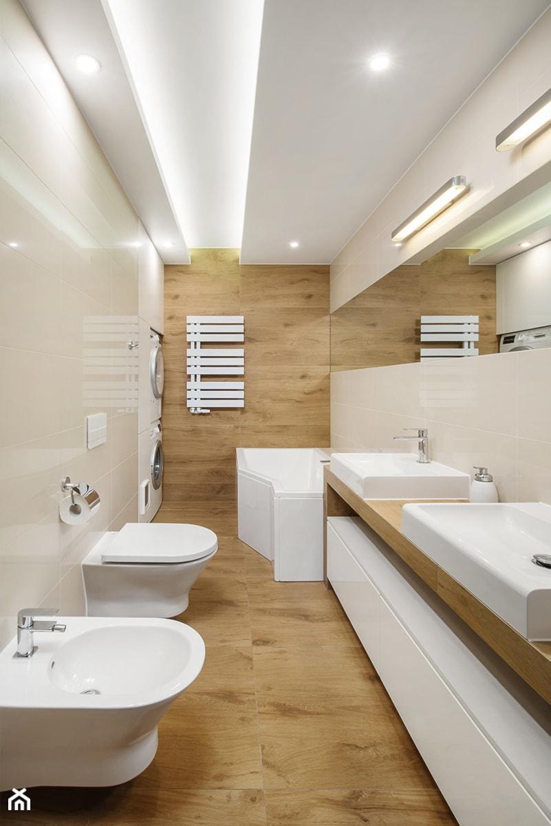 """Mieszkanie na Litomskiej - Średnia beżowa łazienka w domu jednorodzinnym bez okna, styl nowoczesny - zdjęcie od Pracownia Projektowa """"Interior-Art"""""""