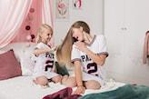 pokój z różowymi dodatkami, pokój dla nastolatki