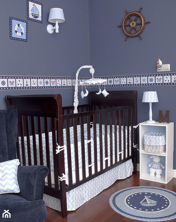 Pokój dla chłopca - Niebieski pokój dziecka dla chłopca dla niemowlaka, styl klasyczny - zdjęcie od Roomee Decor