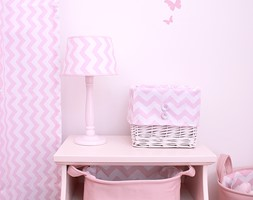 Kolekcja różowo-biała w zygzaki - zdjęcie od Roomee Decor