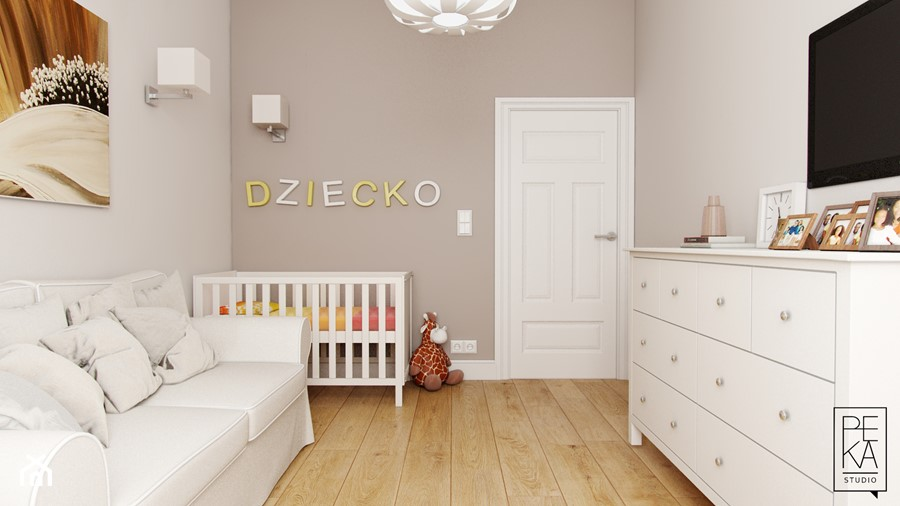 ELEGANCKI PENTHOUSE - Średni beżowy pokój dziecka dla chłopca dla dziewczynki dla niemowlaka, styl klasyczny - zdjęcie od PEKA STUDIO
