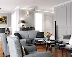 ELEGANCKI PENTHOUSE - Średni salon z jadalnią, styl klasyczny - zdjęcie od PEKA STUDIO