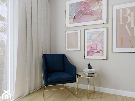 Aranżacje wnętrz - Sypialnia: Sypialnia w kobiecym stylu - Sypialnia, styl nowoczesny - KJ Studio Projektowanie wnętrz. Przeglądaj, dodawaj i zapisuj najlepsze zdjęcia, pomysły i inspiracje designerskie. W bazie mamy już prawie milion fotografii!