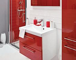 Łazienka - Mała biała szara czerwona łazienka na poddaszu w bloku w domu jednorodzinnym bez okna, styl nowoczesny - zdjęcie od Castorama