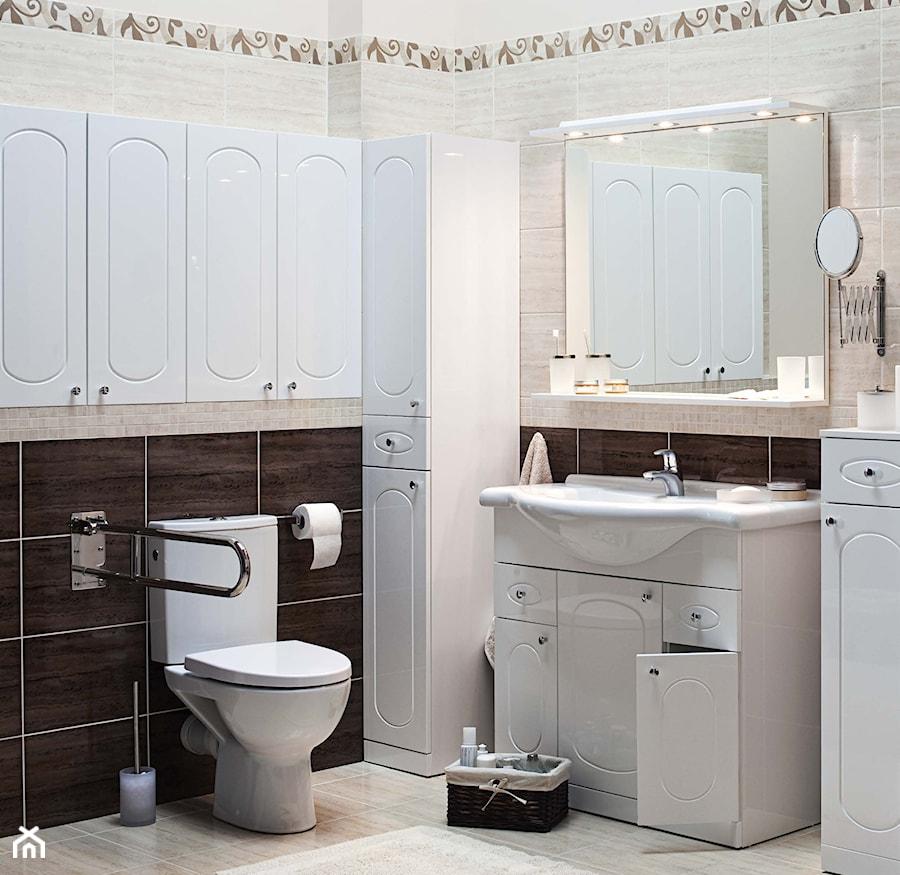 Łazienka - Mała brązowa szara łazienka na poddaszu w bloku w domu jednorodzinnym bez okna, styl tradycyjny - zdjęcie od Castorama